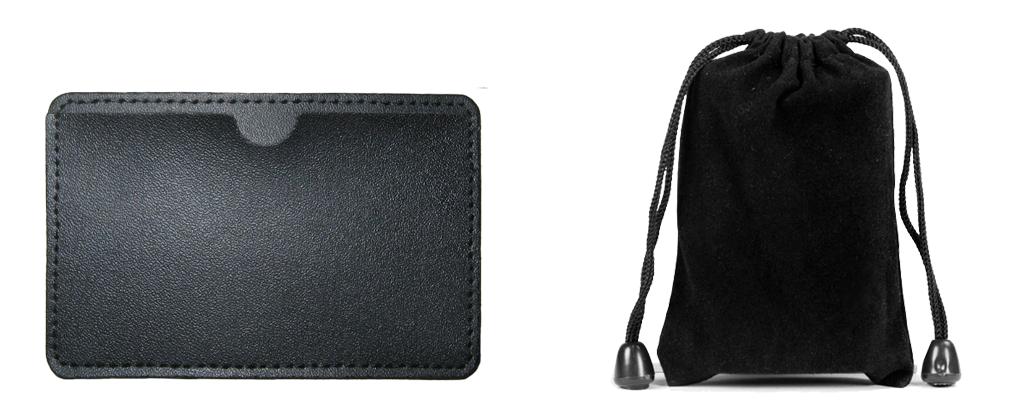 Emballage pochette cuir et sachet velour